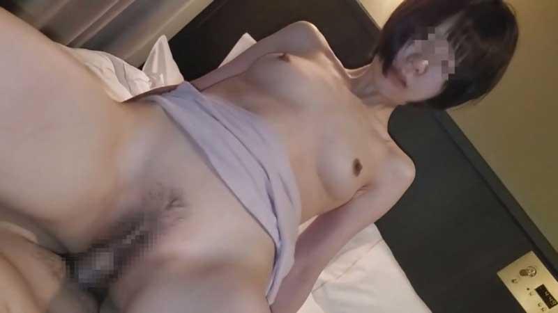 FC2 PPV 1753351 8まで【個人】小柄で美尻の若妻。利息分足りず…膣内を他人の精子に汚される。