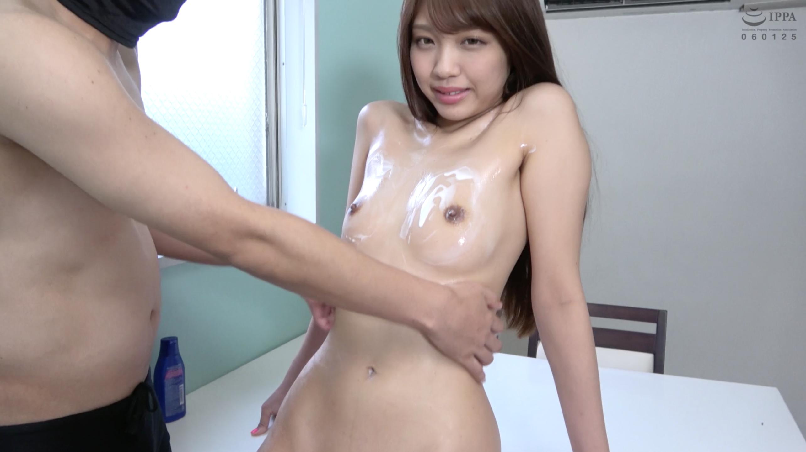 【くすぐり】大人気女優 木下ひまりチャンの極エロボディミルクくすぐりマッサージ!!!